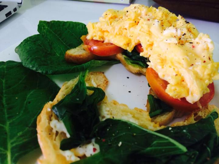 Scrambled Egg and Spinach CroissantSandwich